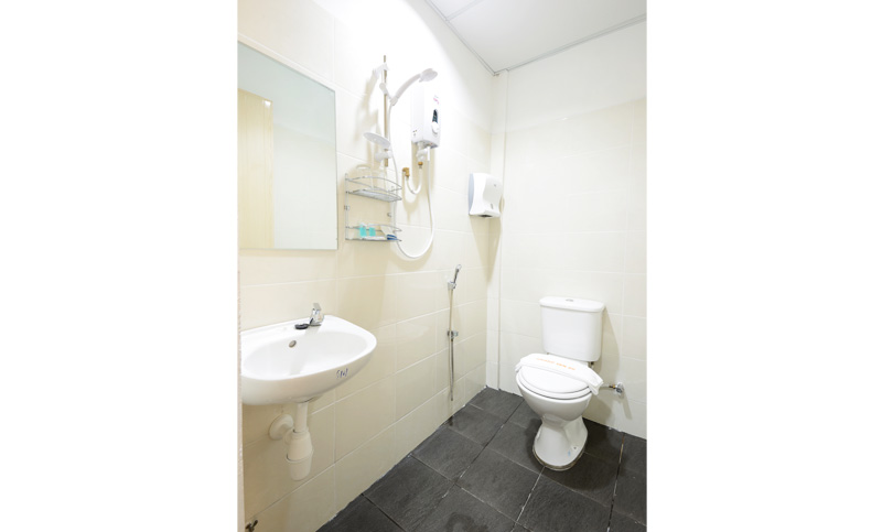 double-decker-toilet