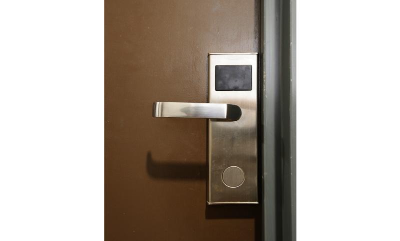 electronic-keycard-lock